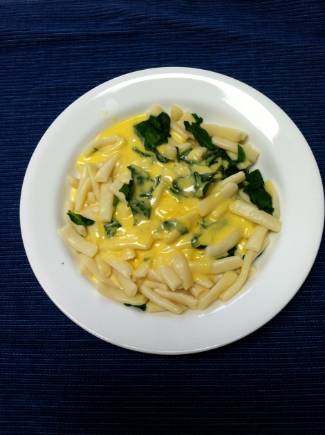 Mac & Cheese: My healthier answer to Monday's carb cravings (healthier as in not OD'ing on sugar alcohols).