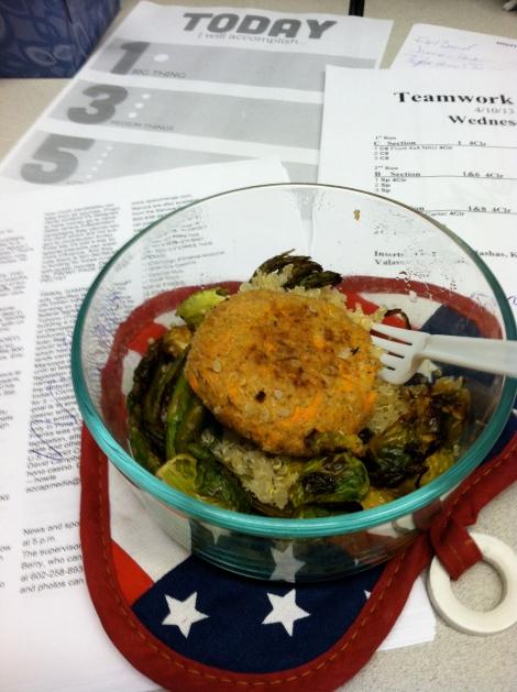 Tuna-Quinoa Cake, roasted veggies & quinoa