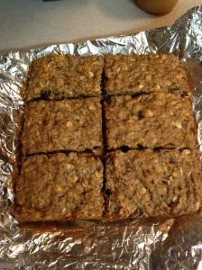 Quinoa Breakfast Bars | Lean Green Bean